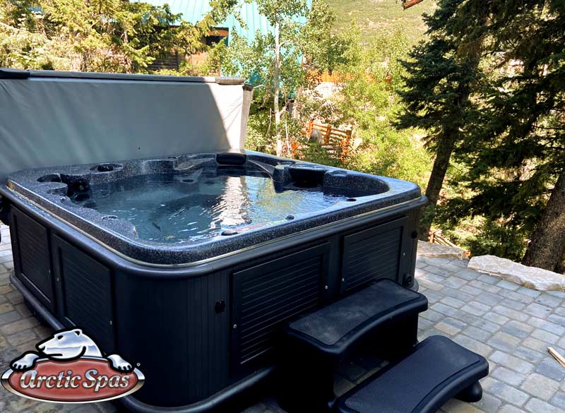 Sun new Arctic Spas Yukon Hot Tub