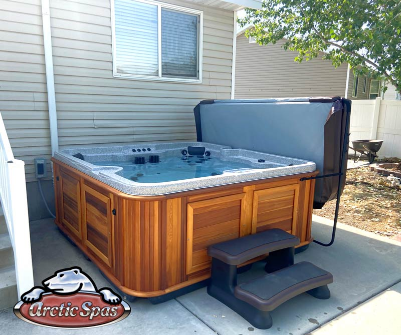 Thomas McKinley arctic spas hot tub