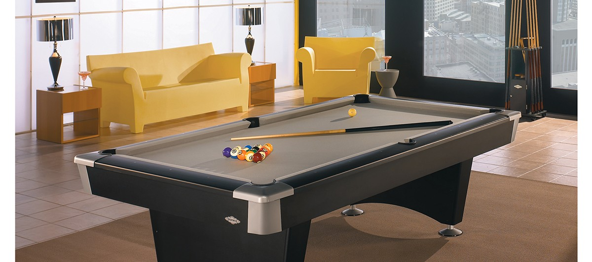 Black Wolf Pool Table